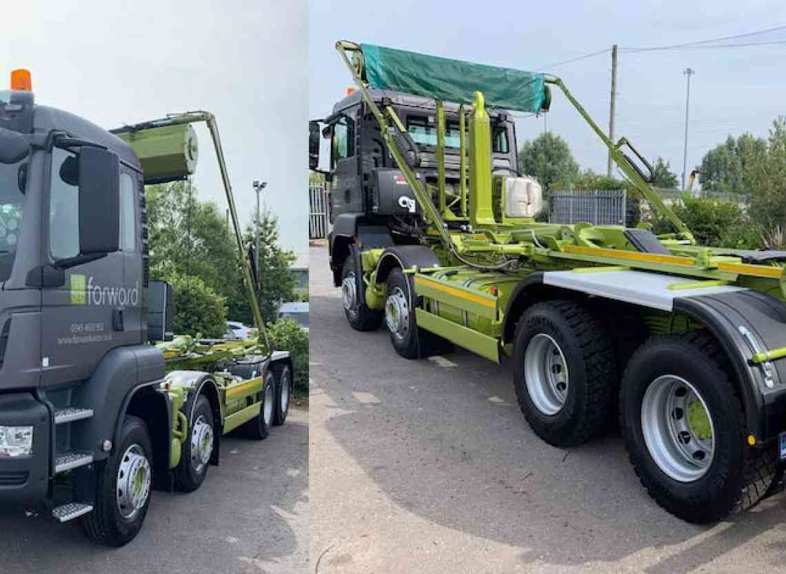 Waste Management takes delivery of new MAN TGS 35.420 8x4 Hook Loader