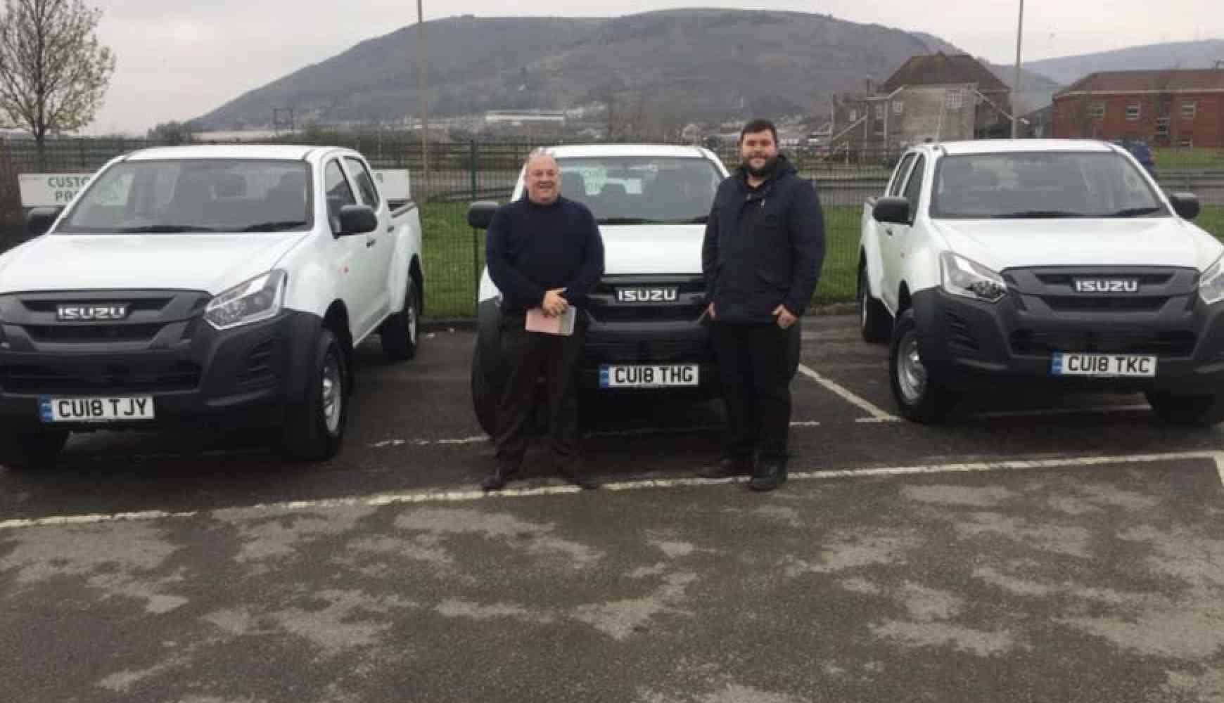 Runtech of Port Talbot fleet takes 6 New Isuzu D-Max Utility Trucks
